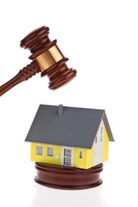 Navas Cusi Abogados, especialista en Derecho Bancario. Ejecuciones hipotecarias