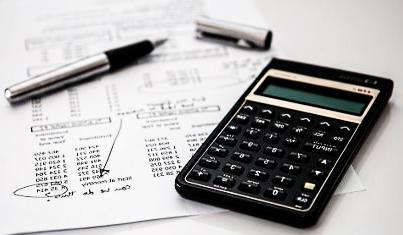 la masiva comercialización de instrumentos financieros derivados