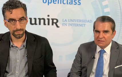Juan Ignacio Navas durante su ponencia sobre derecho de la Unión Europea en la Universidad UNIR