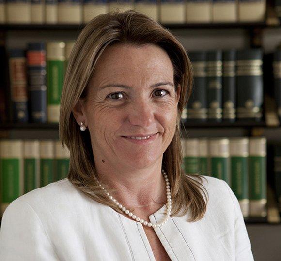 Miriam Cusi Salgado abogada NavasiCusi